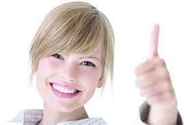 Hàm răng sáng mang lại nụ cười xinh tươi tắn